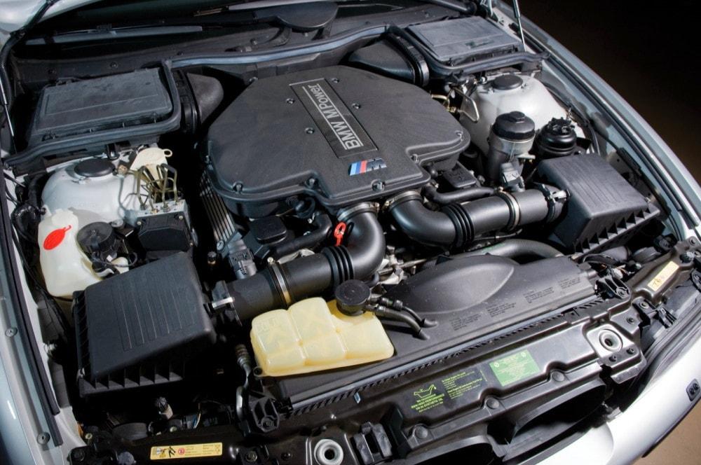 Двигатель м5 е39